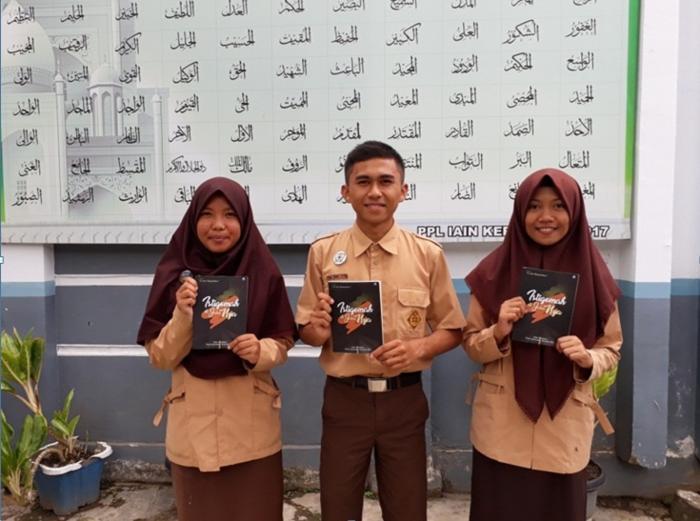 3 Siswa MAN 1 Sungai Penuh terbitkan buku Antologi Cerpen